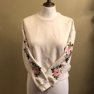 Forever 21 Cropped floral appliqué sleeves